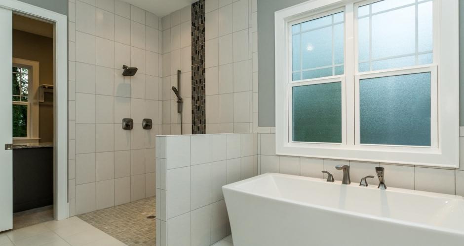 ICG Custom Home Colonial Ridge - master bath