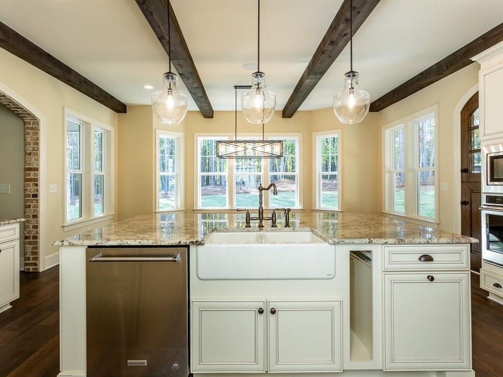 016_-Kitchen