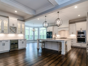 pre-sale custom home kitchen & breakfast