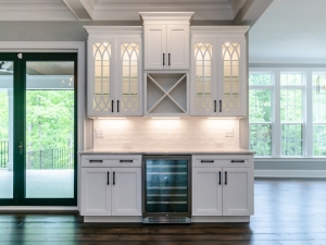 pre-sale custom home butler's pantry
