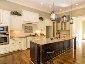 Weycroft-Virginia-016_Kitchen